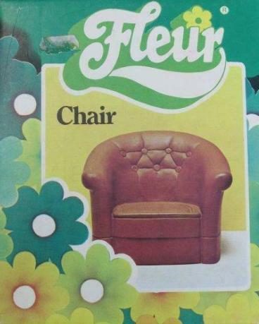 """Het Fleur fauteuil; hier gaat m'n hart weer sneller van kloppen! Ik had 2 stuks en een """"Fleur bed"""". En toen vond ik, als eind tiener, dat m'n moeder ze wel weg mocht doen ... Jammer achteraf!"""