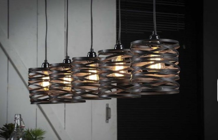 Sfeervolle eettafel hanglamp
